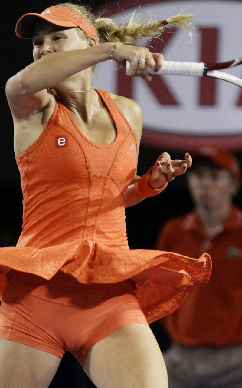 Women tennis players nip slip suggest you